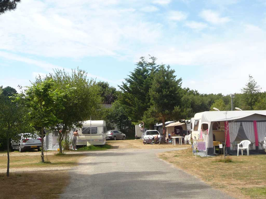 pitches campsite fouesnant mousterlin finistere